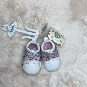 LITTLE ME BABY GIRL SHOES SIZE 2 (3-6 MONTHS)